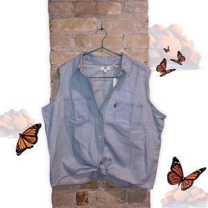 NWT Levi's Rumi Button Shirt